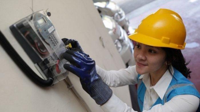 Pemerintah Kucurkan Rp 3 Triliun buat Subsidi Abonemen ListrikSektor Industri & Pariwisata