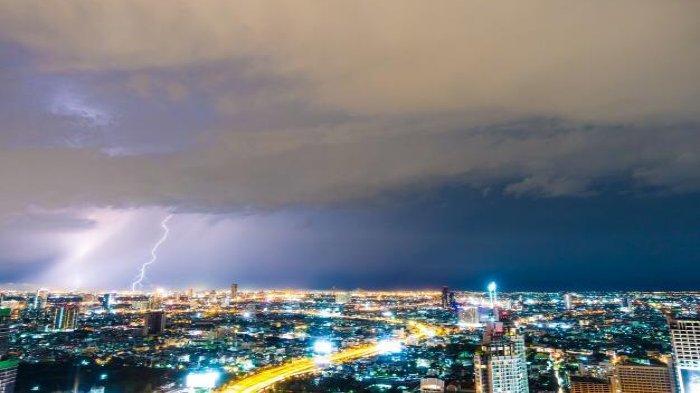Peringatan Dini Sabtu 25 Juli 2020 Waspada Cuaca Ekstrem di Sejumlah Wilayah Info BMKG