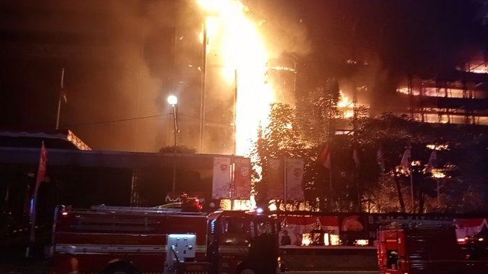 Polisi Interogasi Sejumlah Saksi Kebakaran Gedung Kejagung RI